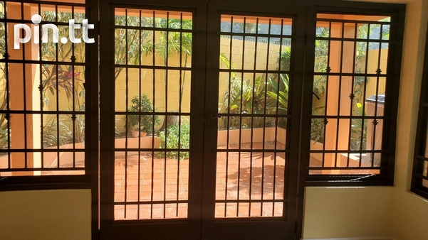 4 BEDROOM TOWNHOUSE DIEGO MARTIN-5