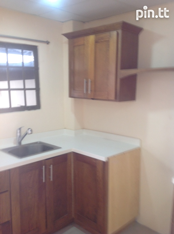 Unfurnished 1 Bedroom Apartment - 39 St. Ann's Road,-4