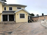 Make your Dream Come Through in this Freeport House