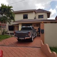 South 5 bedroom 2 storey home.