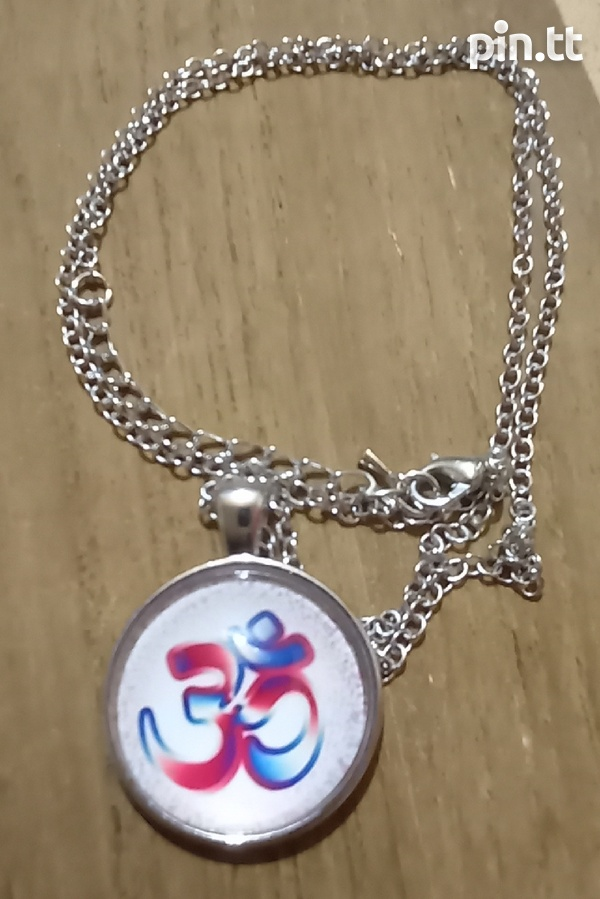 Glass Dome Hindu Sign Pendant and chain-5