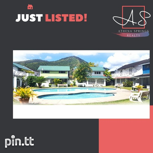 Petit Valley Townhouse with 3 Bedrooms-1