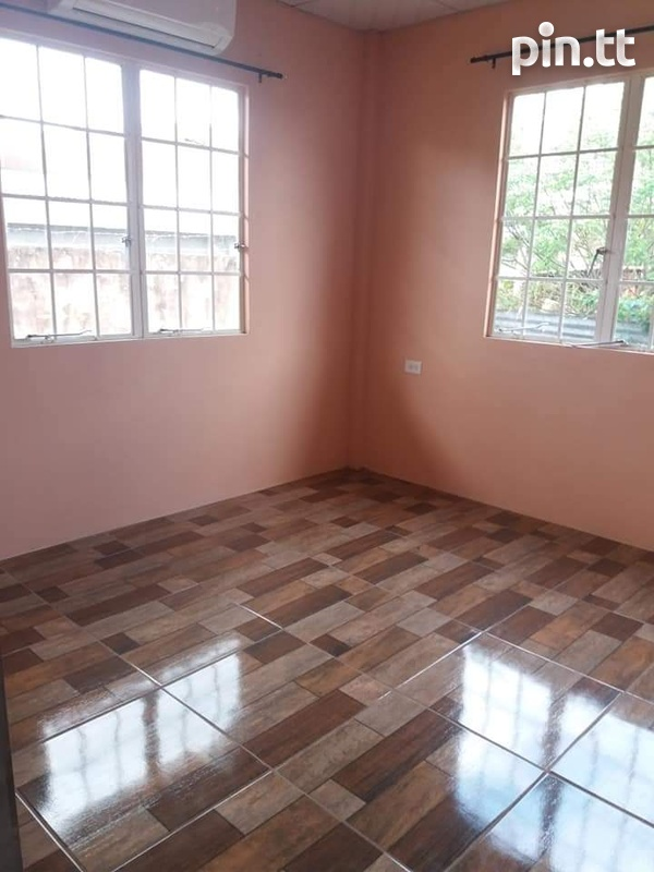Curepe UF 2 bedroom apt with 2 parking spots-4