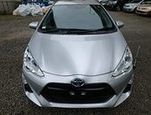 Toyota Aqua, 2016, Roll On Roll Off in stock