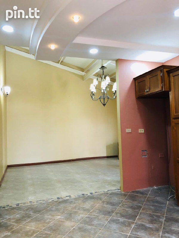 Arouca House with 3 Bedrooms-8