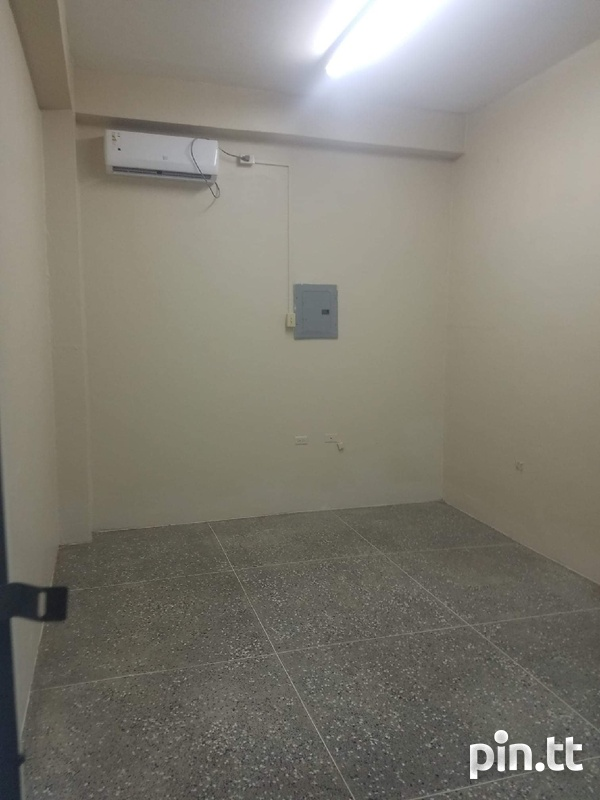 COMMERCIAL SPACES - ARIMA-4