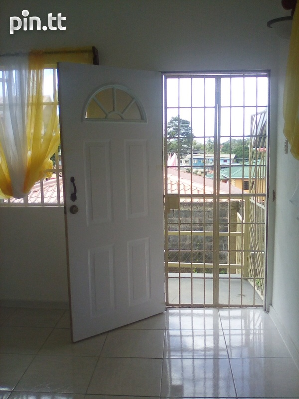 Spacious 2 Bedroom Central Apartment-8