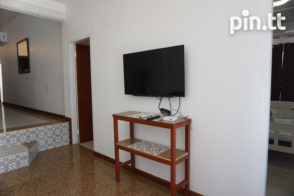 Valsayn Apartment with 3 Bedrooms-5