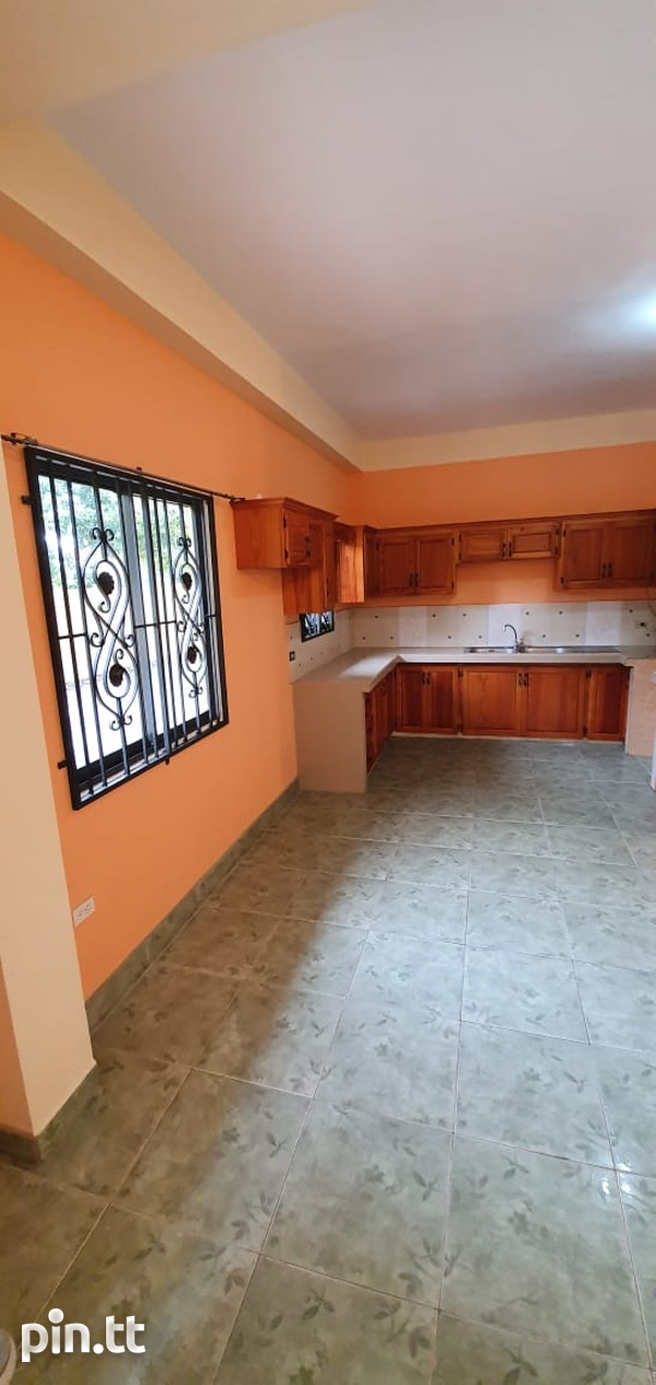 2 Bedroom Charlieville Apt-3