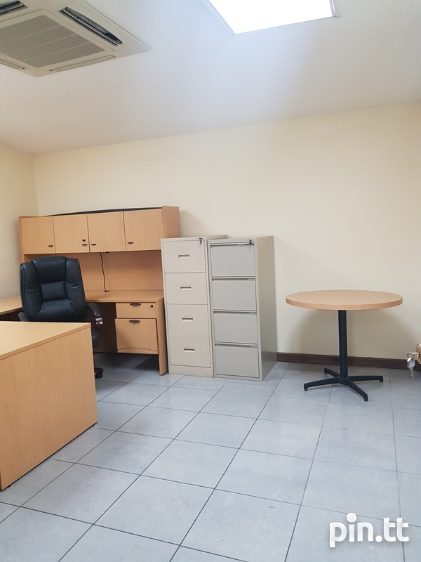 Commercial Offices In Arouca-7
