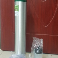 Oxygen Tank with Accessories