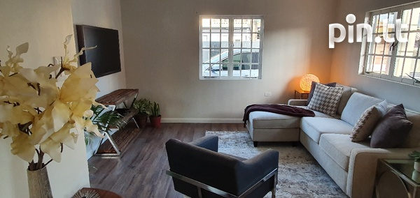 2 Bedroom Apartment, Belmont, Norfolk St, Modern and Spacious.-1