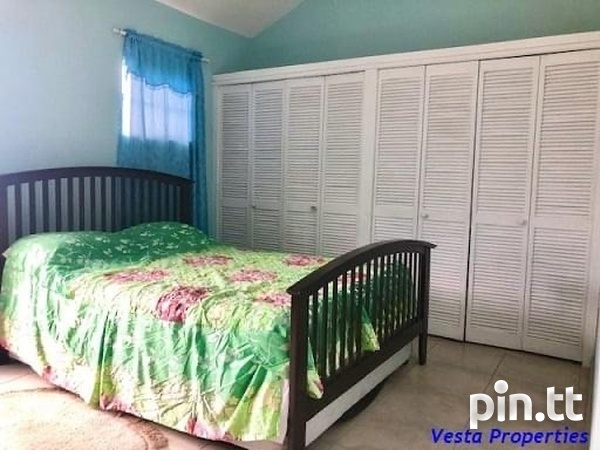 Fully Furnished And Equipped 3 Bedroom Townhouse-6