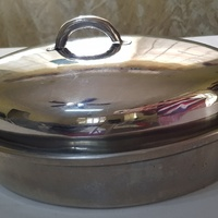 Stainless steel multi-use Oval Roasting Pan with rack and lid