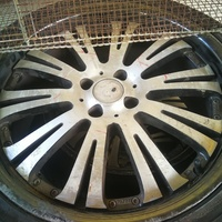18 inch rim and tyre. 4x100