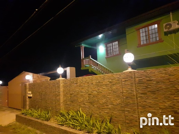 1 Bedroom Apartment Located Madras Road St Helena Piarco.-2