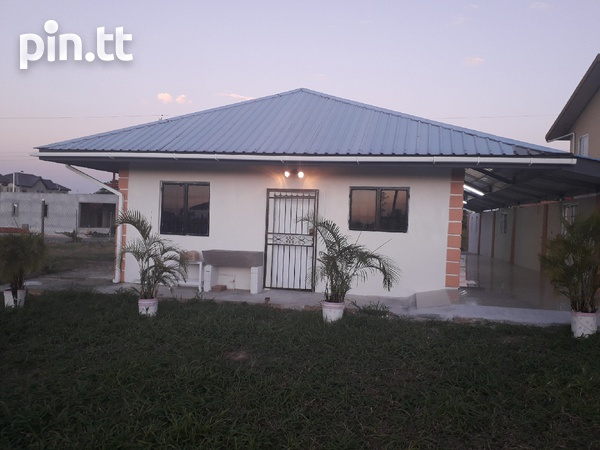 FREEPORT newly-built 2-bedroom house-8