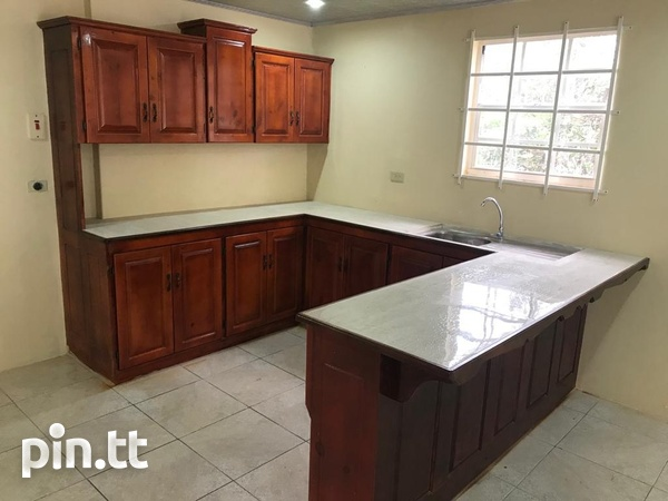 2 Bedroom Apt South Oropouche Bay Vue 2mins from Highway.-1
