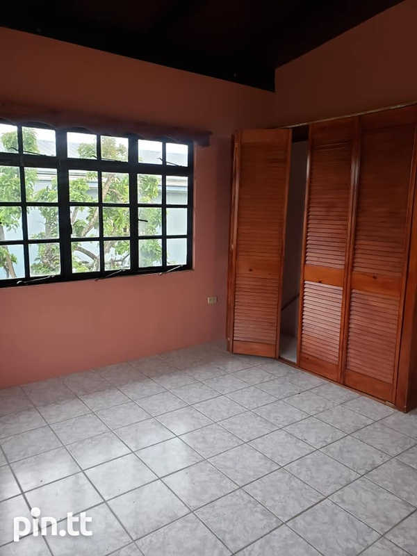 ARIMA SPACIOUS APARTMENT WITH 2 BEDROOMS-8