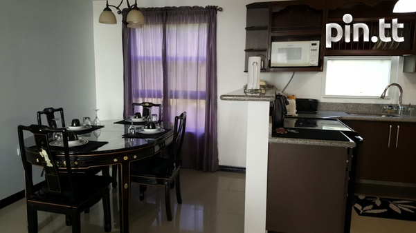 Cara Courts Seaview Apartment with 3 Bedrooms-8