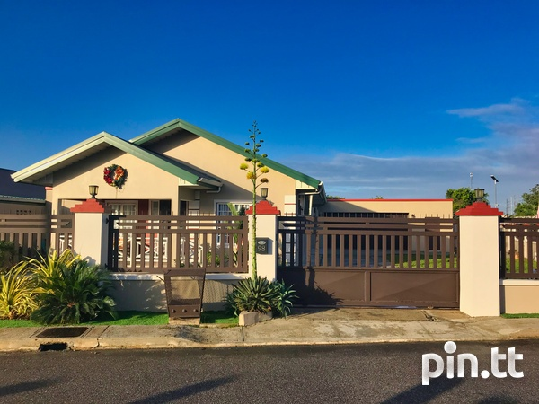 Oasis Greens Endeavour, Chaguanas 3 bedroom house-1
