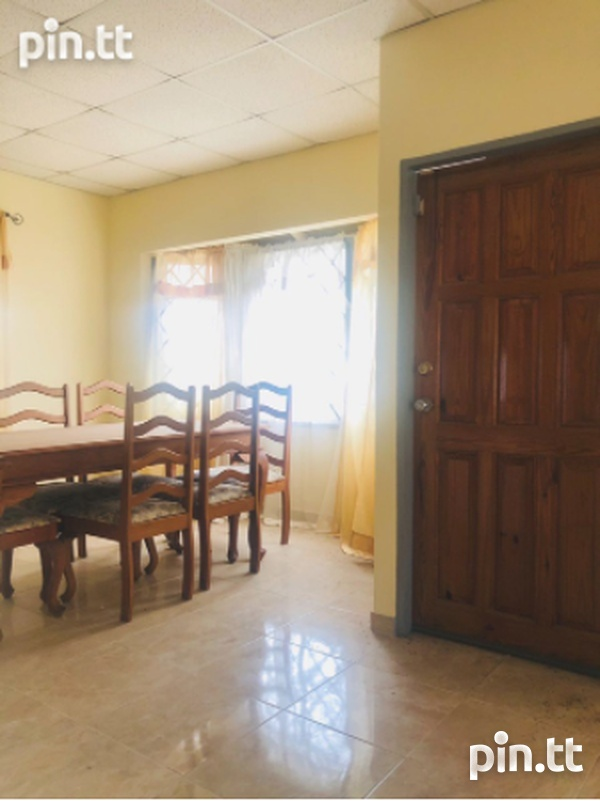 St. Clair, Trincity house with 3 bedrooms-3