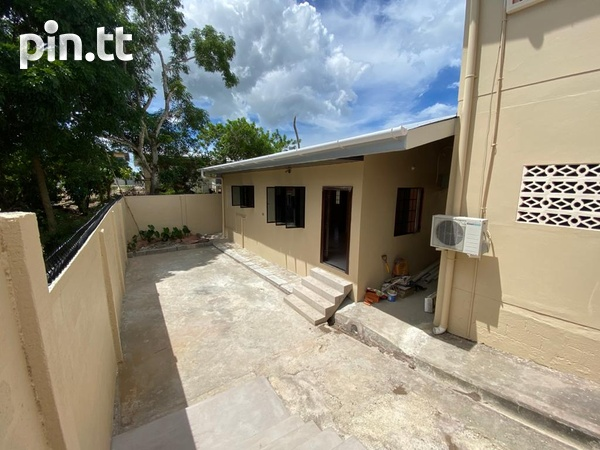 Unfurnished 2 Bedroom Apartments-1