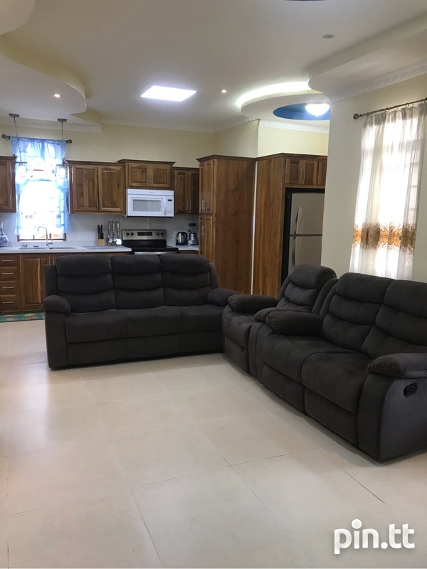 Gulfview 2 Bedroom Fully Furnished New Apt-3