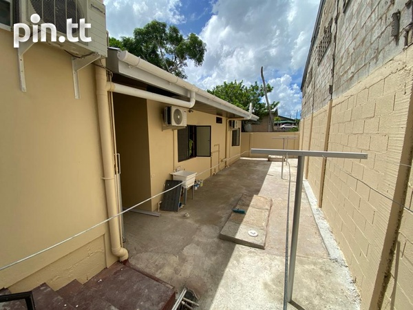 Unfurnished 2 Bedroom Apartments-3