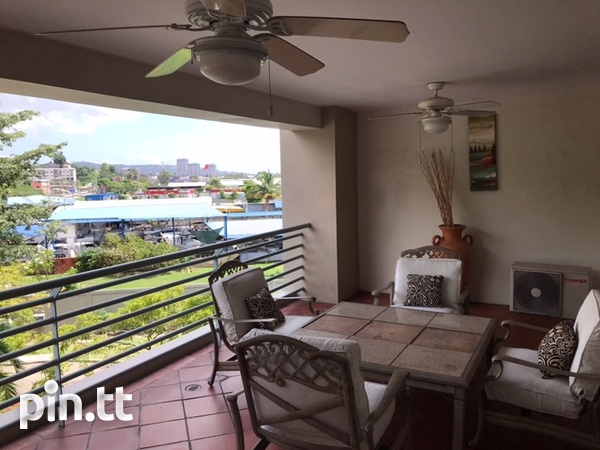 Bayside Apartment with 5 Bedrooms-2