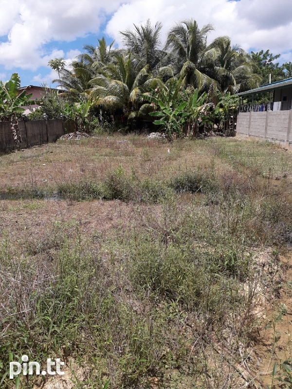 1 Lot approximately 5000 sq feet-3