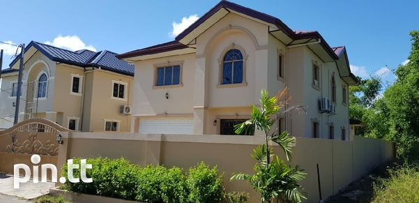 2 Couva homes side by side-3