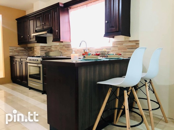 Townhouse with 3 bedrooms-1