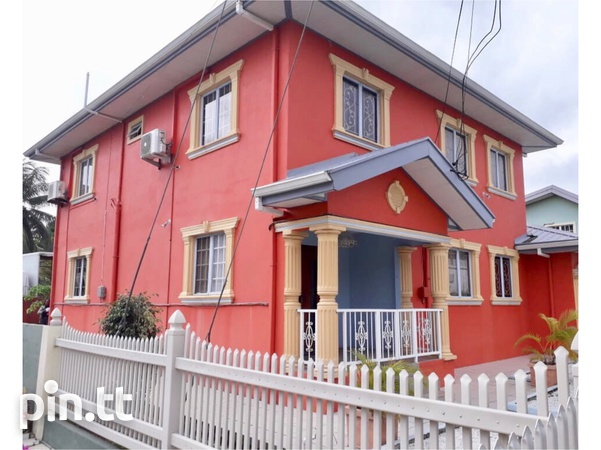 Cunupia house with 4 bedrooms-1
