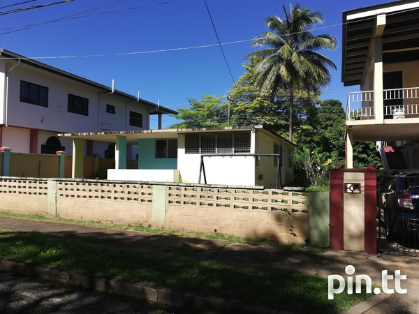 Diamond Vale Property with 3 bedrooms-8