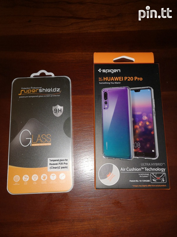 Huawei P20 Pro Case and 2 Pack Screen protectors