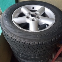 Nissan Xtrail T30 rims and tyres .