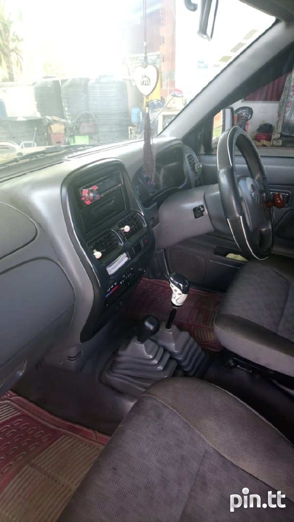 Nissan Frontier, 2010, Tcr-1
