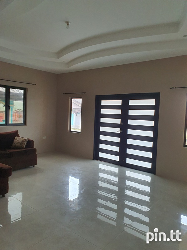 Sangre Grande Fishing Pond Road House with 3 Bedrooms-7