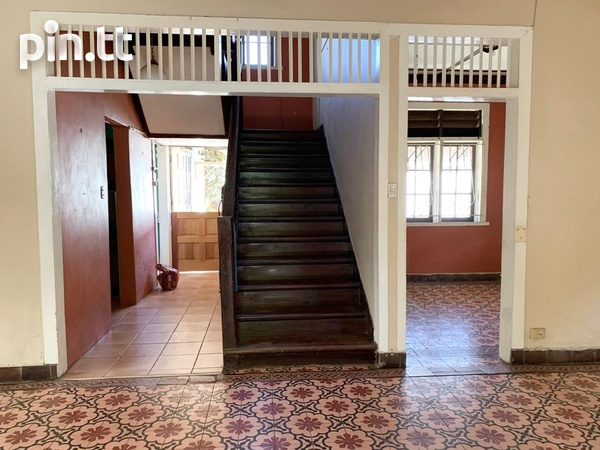 4 BEDROOM CHAMPS ELYSEE, EARLY MARAVAL HOUSE-3
