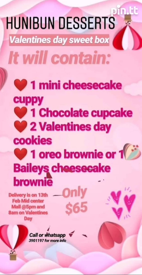 Valentines day sweet box and chocolate covered strawberries-1