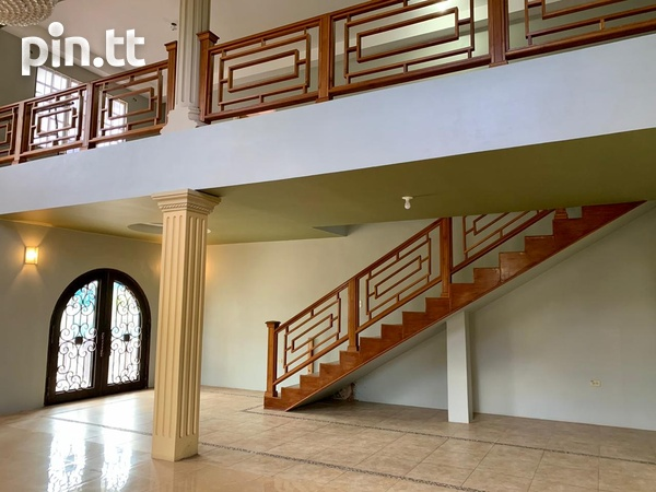 5 Bedroom 2 Storey Investment House-6