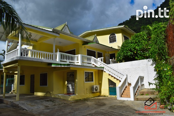 7 bedroom home in Maraval-1