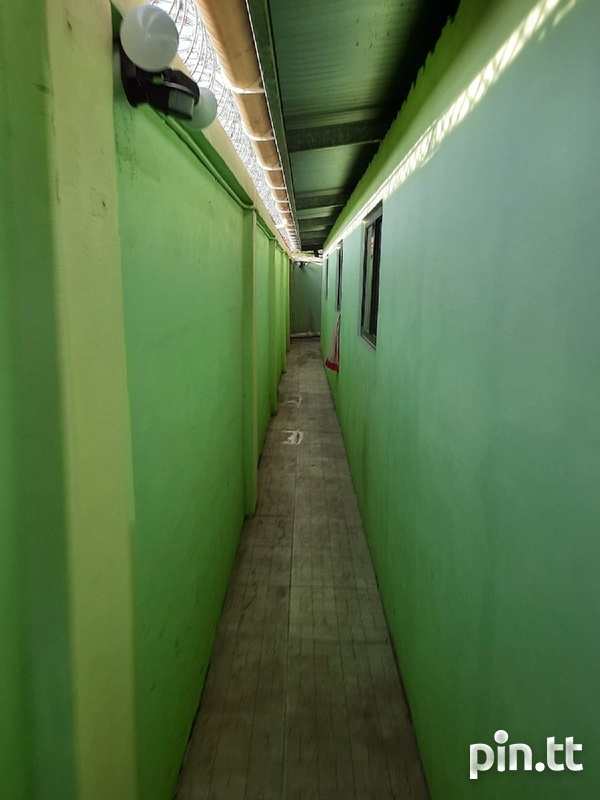 TRINCITY - UNFURNISHED ONE-BEDROOM APARTMENT-7