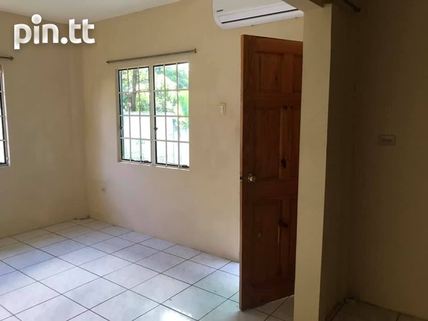 11th Ave North, Barataria Studio Ground Floor Apartment-4