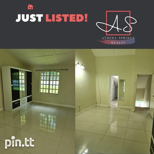 Petit Valley Townhouse with 3 Bedrooms-3
