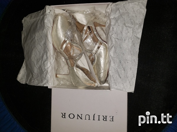Womens wedding shoes size 10-1