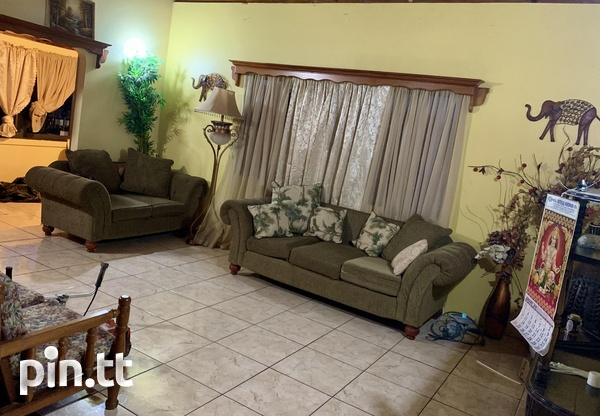 Penal - Semi Furnished 3 Bedroom Apartment-2