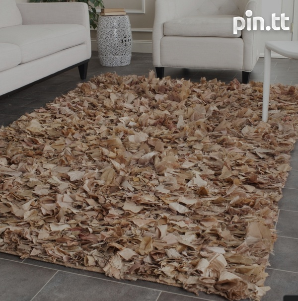 5 ft x 7ft area rug-2