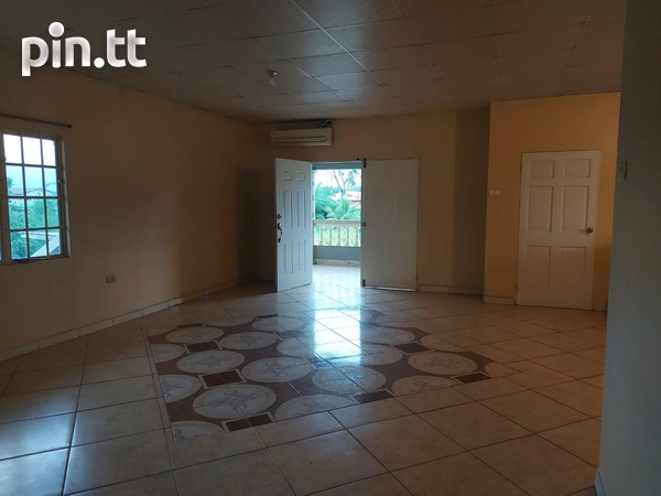 3 Bedroom Apt Next to Cheif Brand, Charliville-13